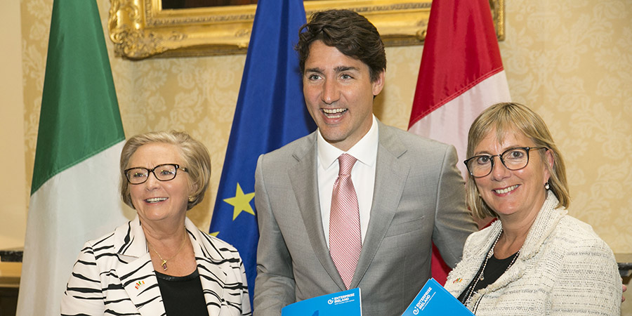 Description for Tánaiste hosts EI 'Ireland Canada Business Roundtable' with Canadian Prime Minister Justin Trudeau